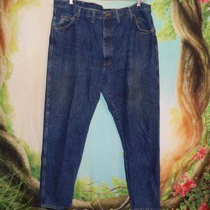 44 X 30 Wrangler  Blue Jeans Previously Well L